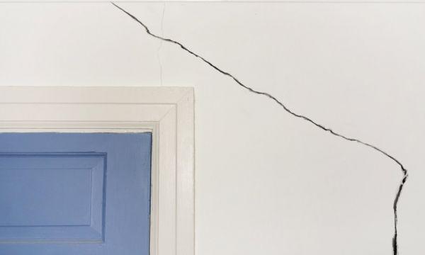 Comment savoir si cette fissure sur votre maison est vraiment dangereuse ?