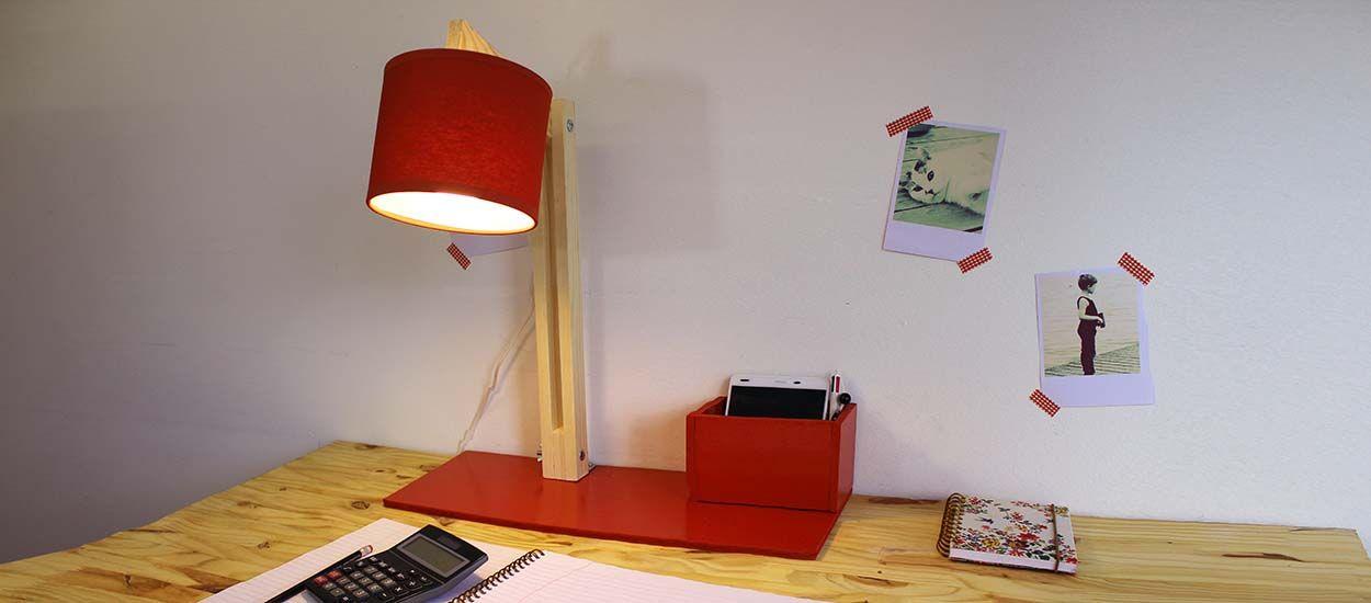 Tuto : Fabriquez une lampe de bureau articulée avec pot à crayon intégré !