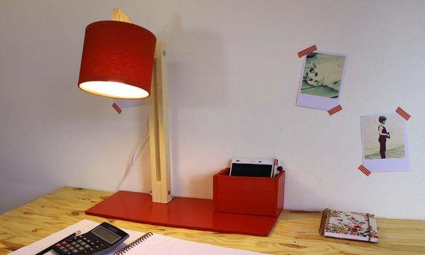 Tuto : Fabriquez une lampe de bureau articulée avec pot à crayons intégré !