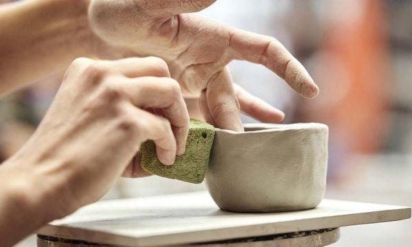 Déco fait-maison : Voilà pourquoi vous devriez vous mettre à la poterie