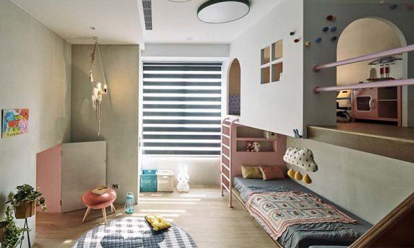 Derrière cette toute petite porte se cache une merveilleuse chambre d'enfant !