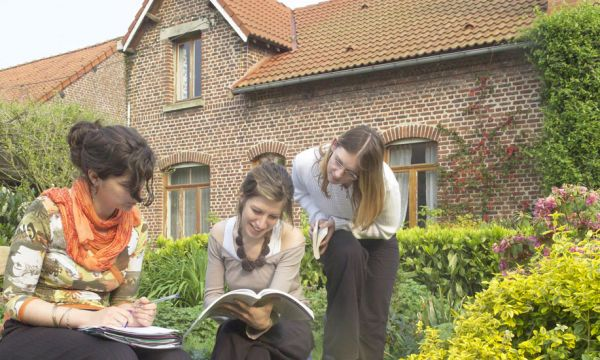 Florie, 22 ans, a trouvé un logement étudiant chez Patrick, agriculteur