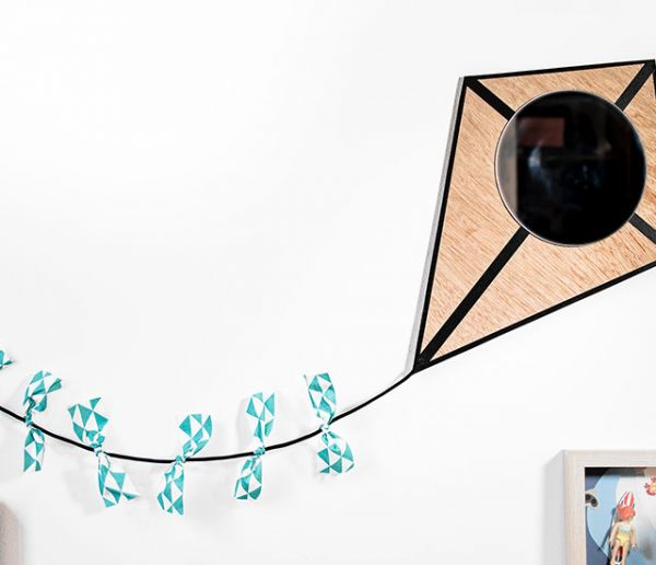 Tuto : Créez un miroir cerf-volant pour égayer la chambre de votre enfant