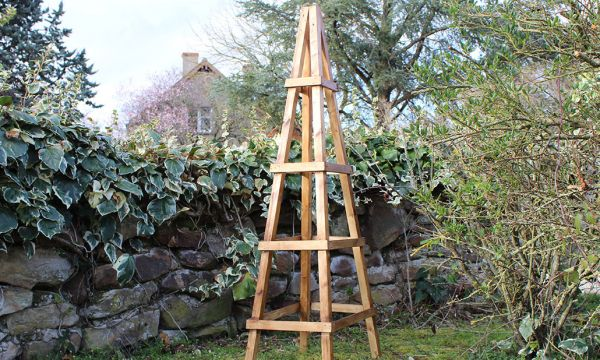 Tuto : Fabriquez un treillis en bois pour plantes grimpantes