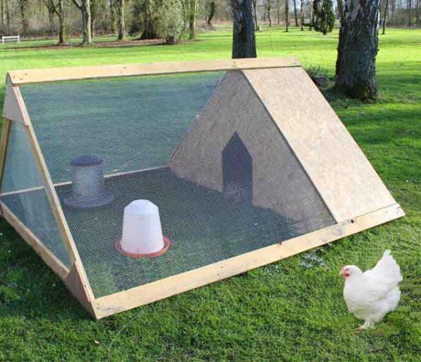 Tuto : Fabriquez un poulailler en bois à déplacer dans votre jardin