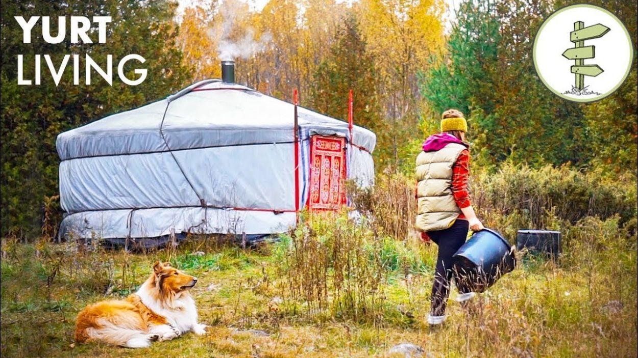 Cette jeune Canadienne raconte sa vie solitaire dans une yourte pendant deux ans