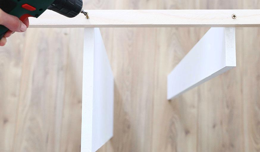 7ème étape pour fabriquer une étagère pour vos plantes