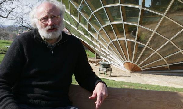 Cet Alsacien a créé l'héliodome : une maison écologique où il fait 20 degrés toute l'année