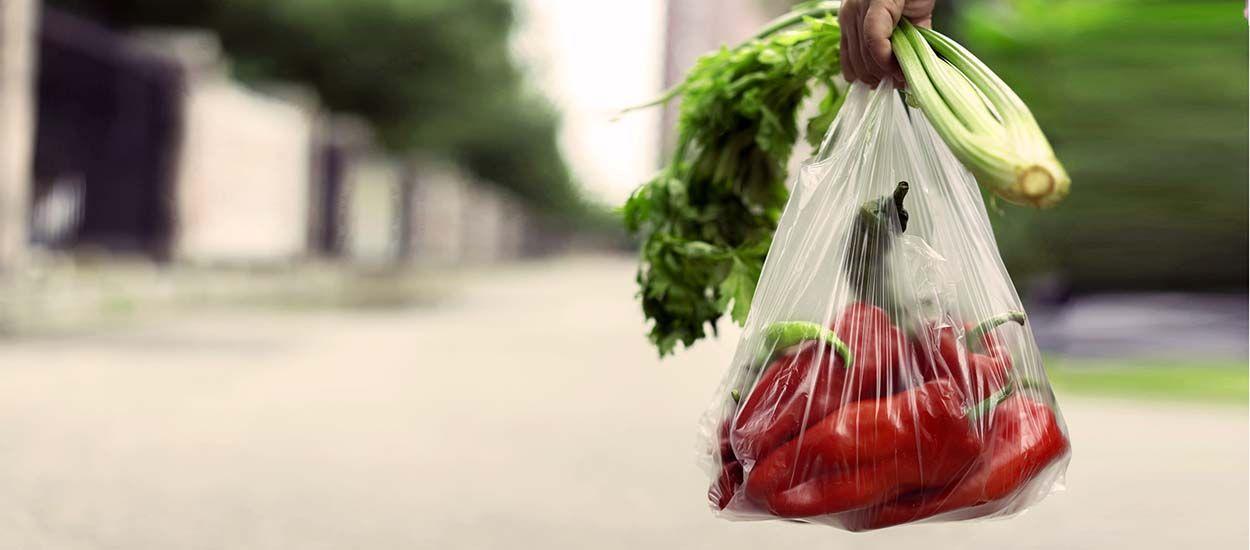Les sacs biodégradables ne sont pas du tout aussi écolos que vous le pensez