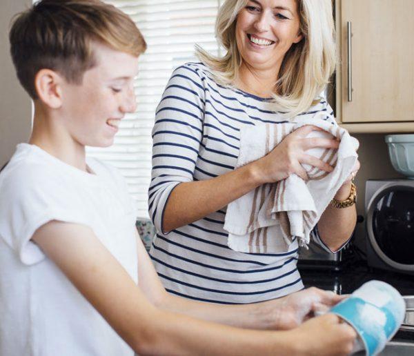Ce collège espagnol a instauré des cours de ménage obligatoires pour les garçons