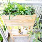 Tutoriel jardinière avec tablette de rangement pour les outils
