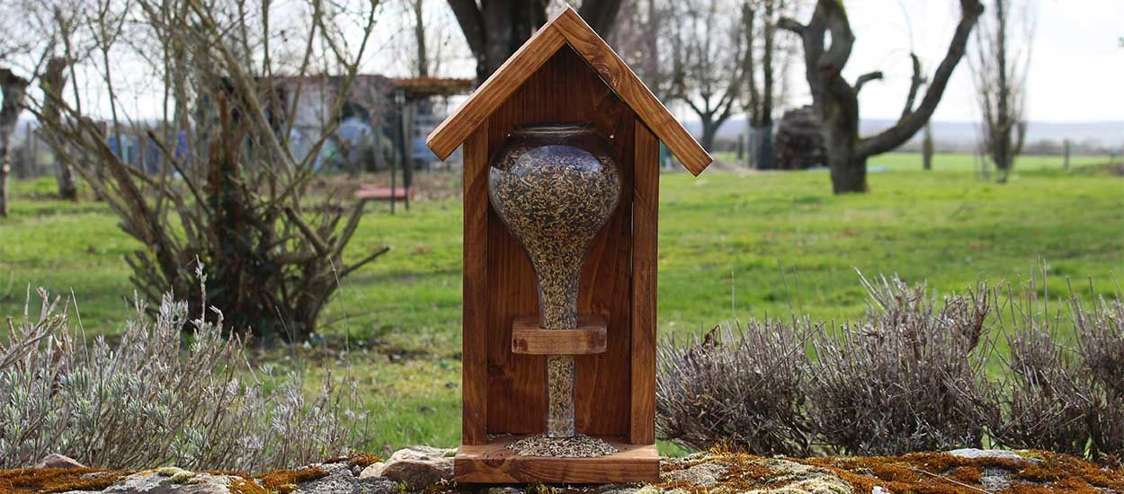 Tuto : Fabriquez une mangeoire pour oiseaux 100% récup'