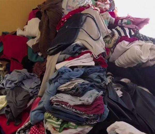 Les associations reçoivent-elles TROP de vêtements à cause de Marie Kondo ?