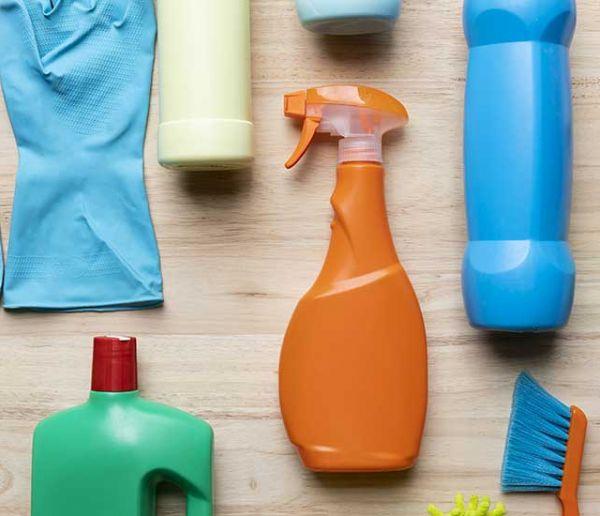 Que faire de vos produits ménagers chimiques si vous passez au zéro déchet ?