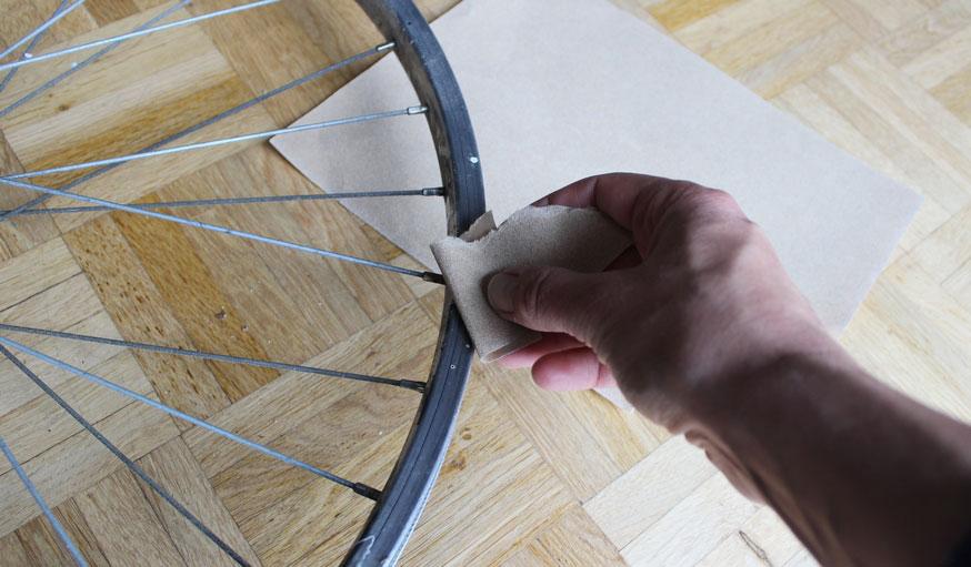 Tuto fabriquer une horloge avec une roue de vélo 1