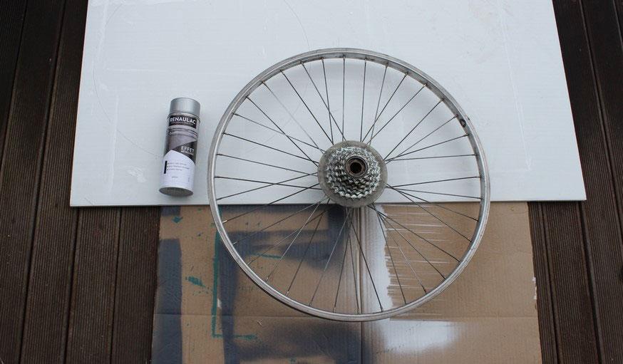 Tuto fabriquer une horloge avec une roue de vélo 2