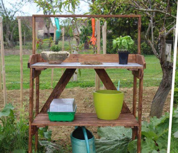 Tuto : Fabriquez une table de rempotage récup' en palettes