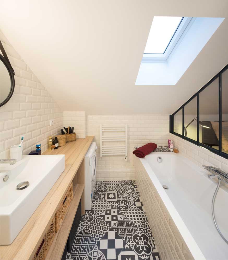 Avant après appartement sous les combles Prisca Pellerin salle de bains