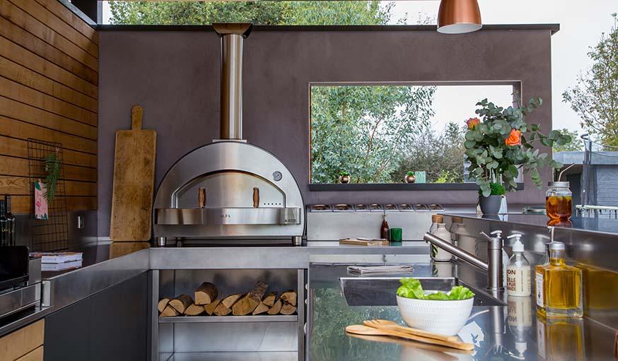 Cuisine Exterieure 5 Inspirations Pour Adopter Une Cuisine D Ete
