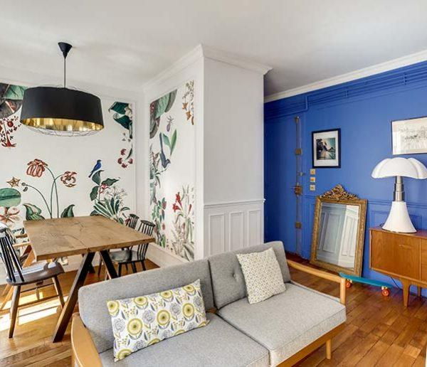 Avant / Après : un appartement défraîchi transformé en oasis bleue