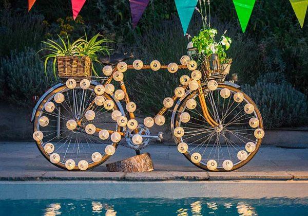 DIY upcycling : Transformer un vélo vintage en déco de jardin
