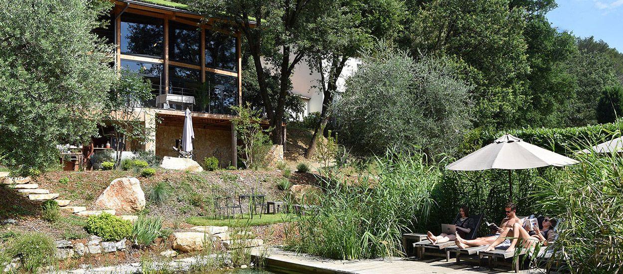 Portfolio : une maison bioclimatique perchée dans les arbres