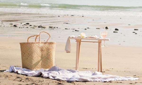 Tuto : Fabriquez une table de plage facile à transporter !