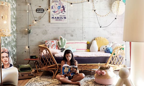 Cette passionnée de brocante a transformé sa maison en boutique avec les meubles qu'elle rénove
