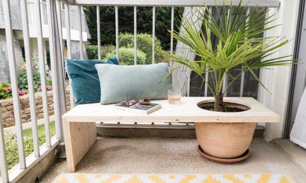Tuto : Fabriquez un banc d'extérieur avec un pot intégré pour votre plante préférée