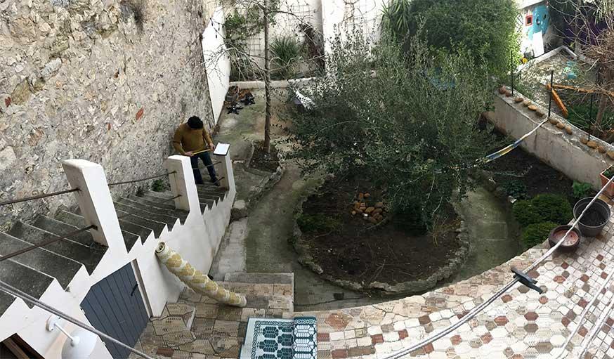 Avant après jardin Marseille avec pergola - vue plongeante sur le jardin avant travaux