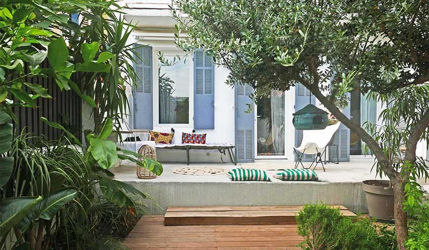 Avant après jardin Marseille avec pergola vue sur la façade rénovée