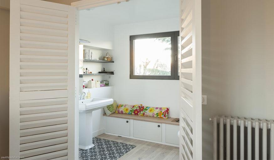 Salle de bains carrelage et parquet Maéma Architectes