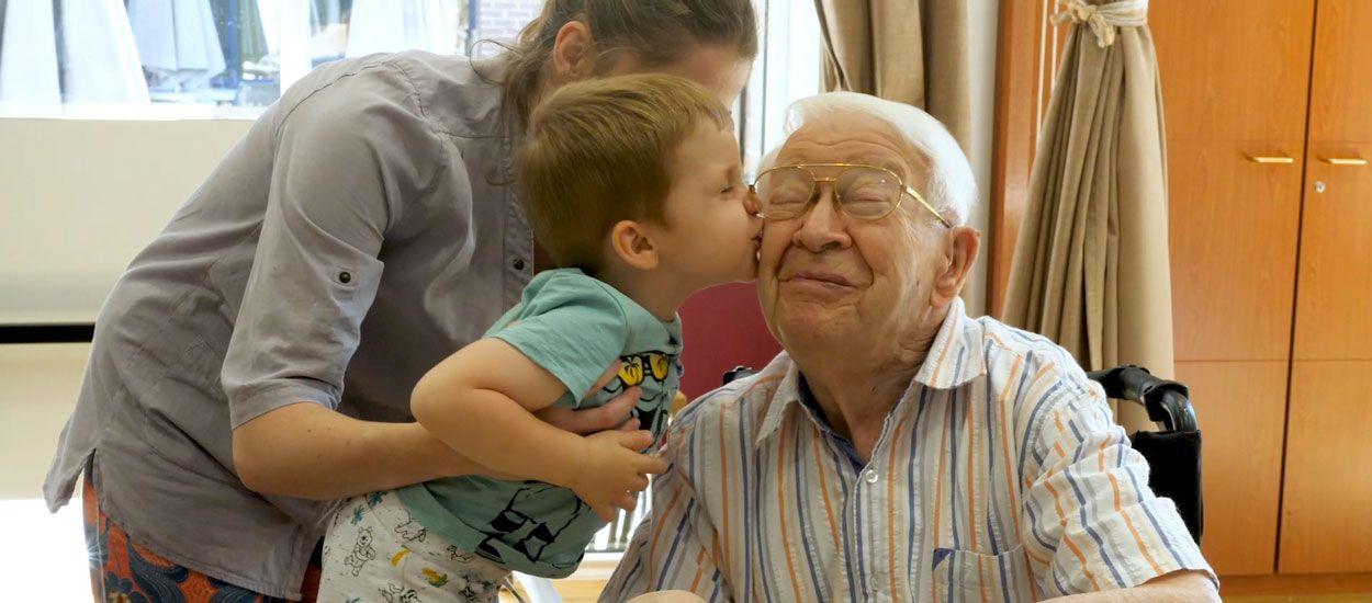 5 initiatives positives et solidaires pour lutter contre l'isolement des personnes âgées