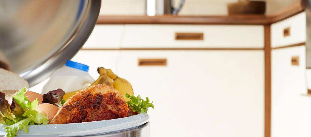 Besoin de conseils pour moins gaspiller la nourriture ? Cette hotline anti-gaspi peut vous aider