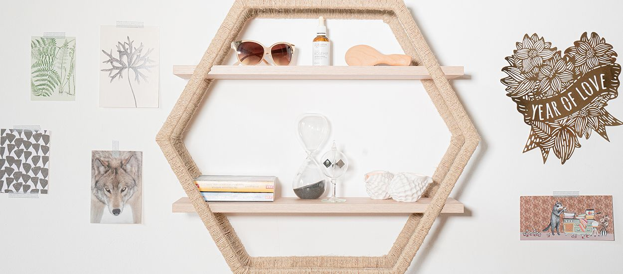 Tuto : Fabriquez une étagère hexagonale stylée avec des cerceaux de sport