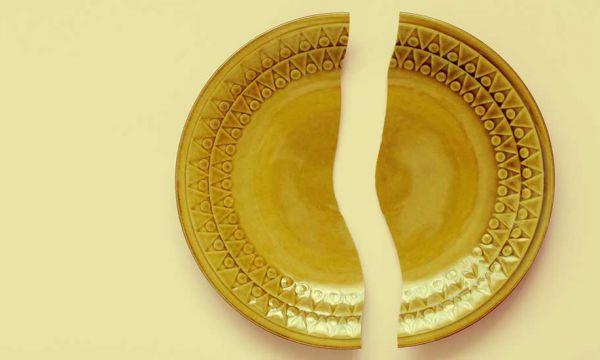 Astuce : vous pouvez réparer votre vaisselle cassée avec du lait, la preuve !