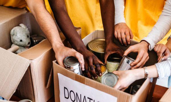 Après le Black Friday, vous pouvez faire un don à une association pour le Giving Tuesday