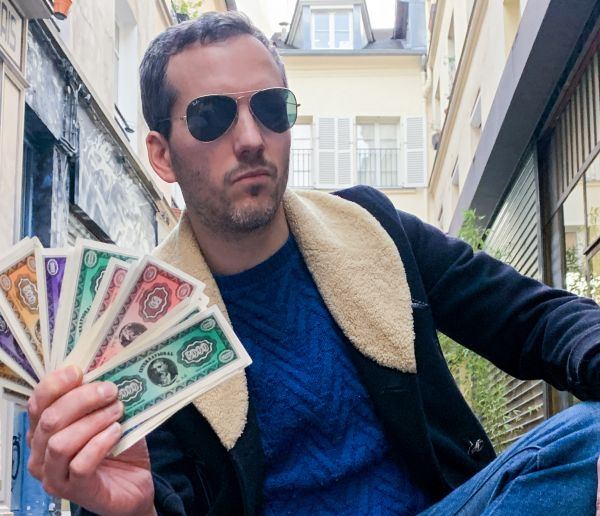 J'ai tout payé en cash pendant une semaine et voici ce que j'ai appris