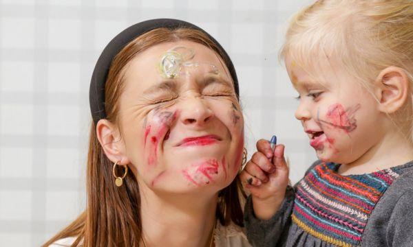 Parents : Comment bien choisir sa nounou et lui confier ses enfants sans stress ?
