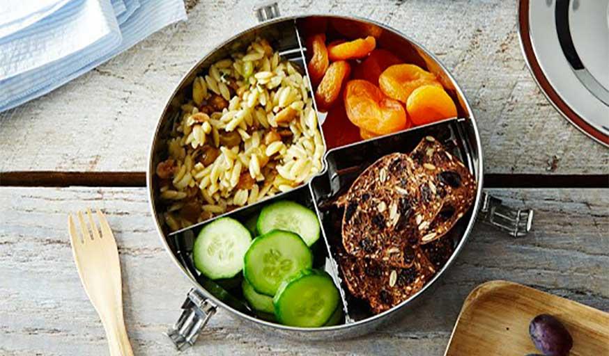 assiette en acier pour pique-nique