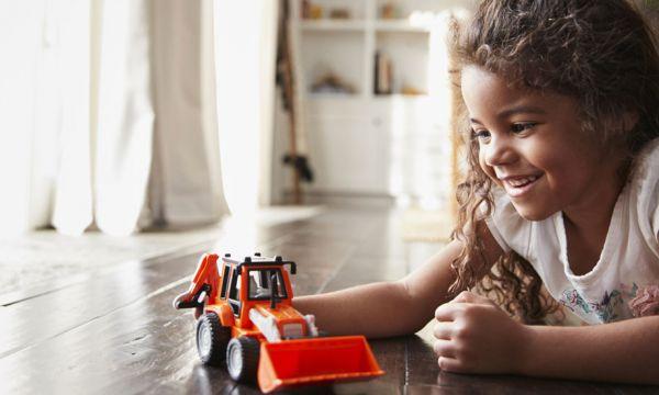 Jeux pour enfants : ces papas reproduisent malgré eux des stéréotypes sexistes