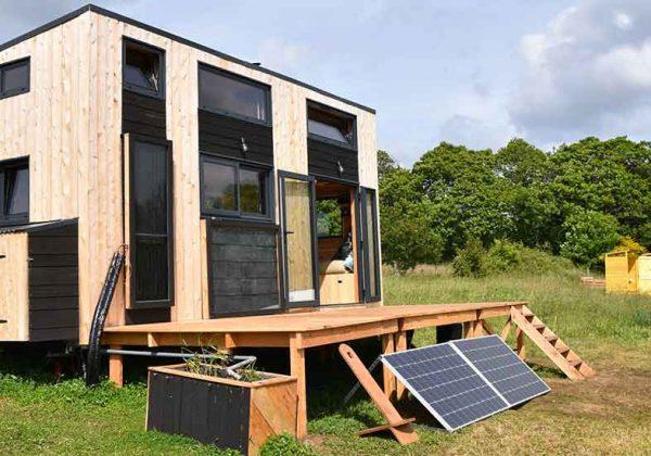 tiny-house-low-tech-home-600x420.jpg