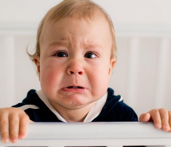 Top 5 des bruits atroces qui réveillent les bébés (et comment trouver la parade)