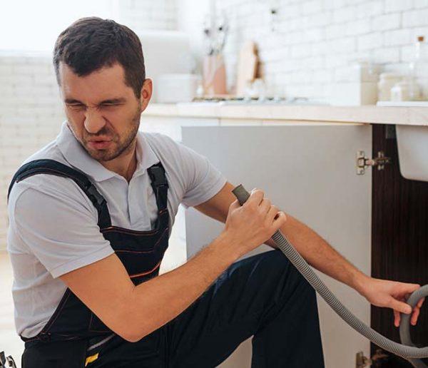 Comment vaincre les mauvaises odeurs de canalisation ?