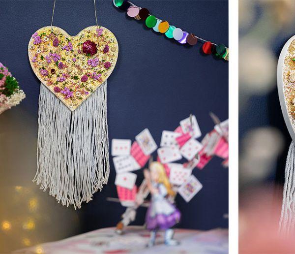 Tuto : Fabriquez une décoration murale en fleurs séchées hyper tendance