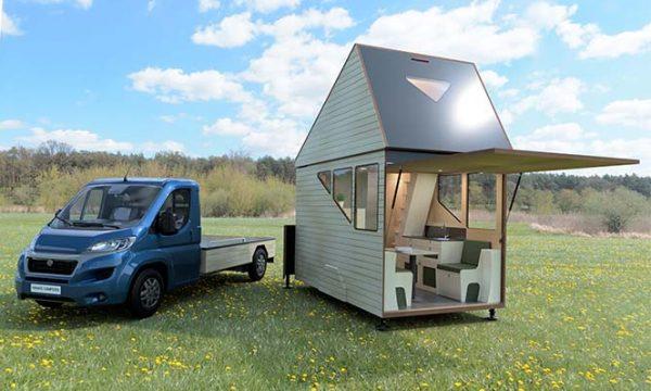 Dans ce camion se cache une minuscule tiny house extensible