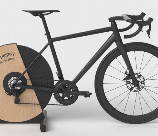 Avec ce vélo, vous pourrez produire de l'électricité en pédalant dans votre salon