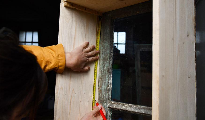 tutoriel fabriquer une vitrine à partir d'une vieille fenêtre étape 17
