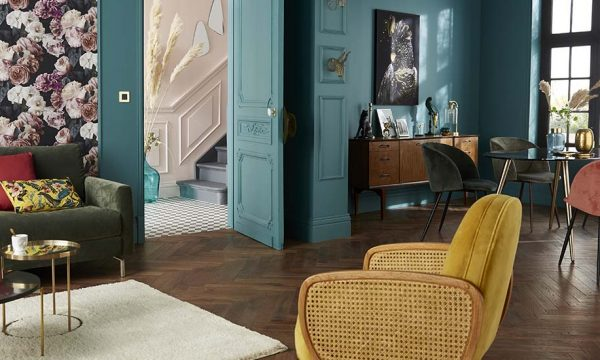 Comment associer les anciens meubles d'une pièce avec des nouveaux ?