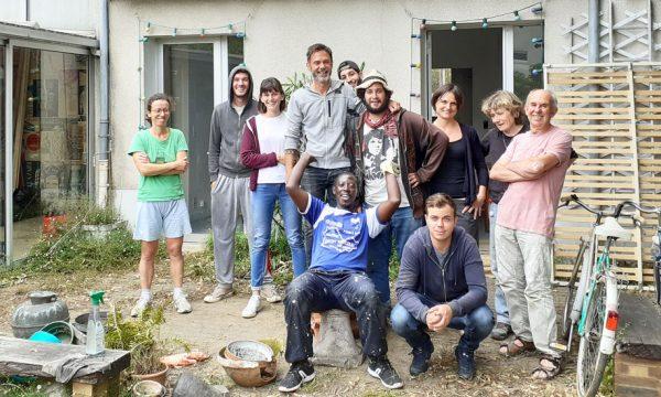 À Rennes, cette association rénove les logements vides pour loger les personnes sans-abri